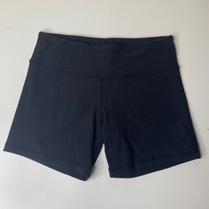 Lululemon Solid Black Cotton Workout Shorts 6